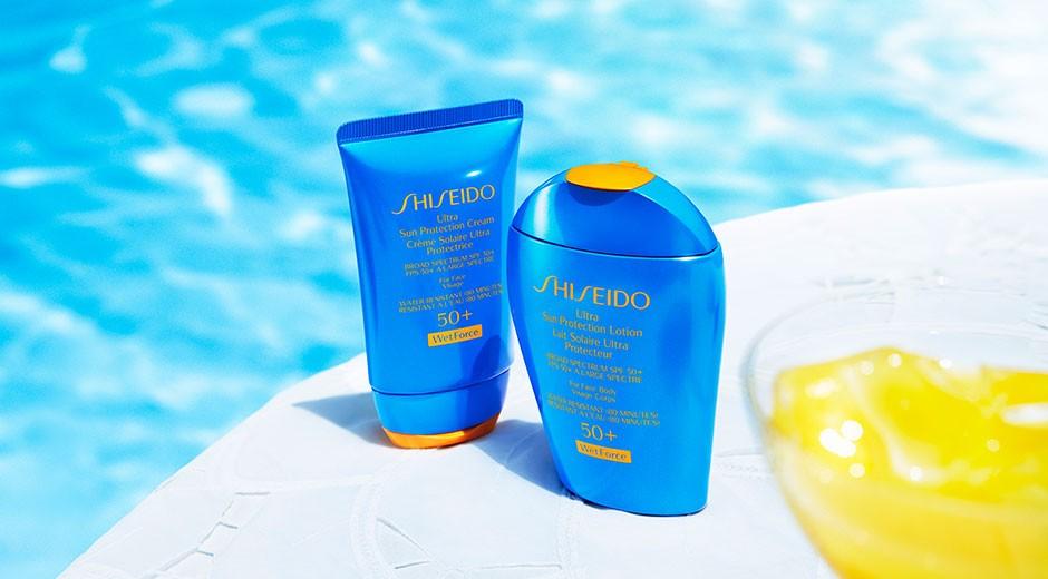 Грим, докоснат от слънцето с течна основа за грим с UV протекция от Shiseido.